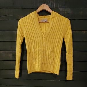 Old Navy Girls Cable Knit Sweetwater.
